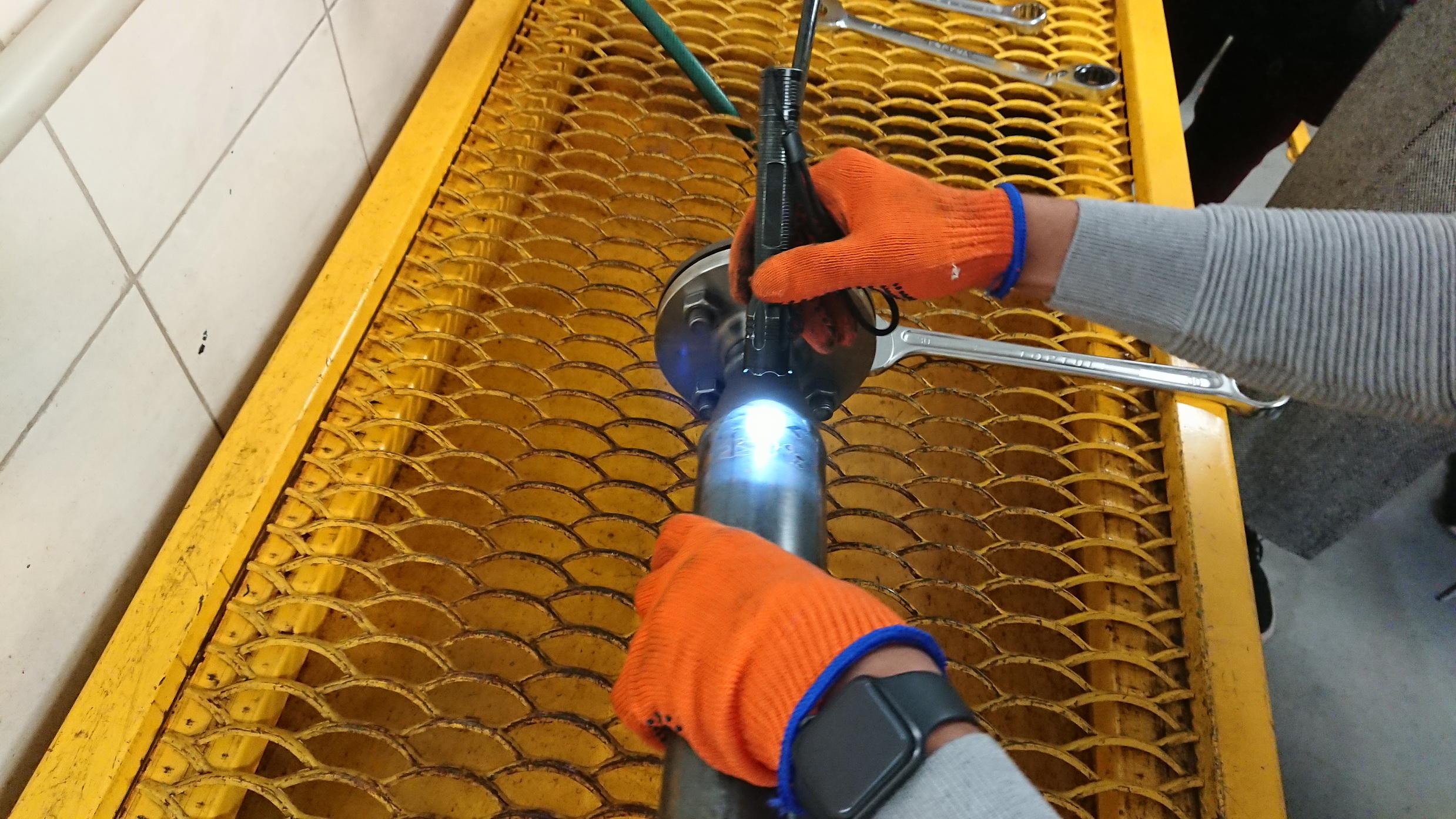 Процес гідравлічних випробувань труб