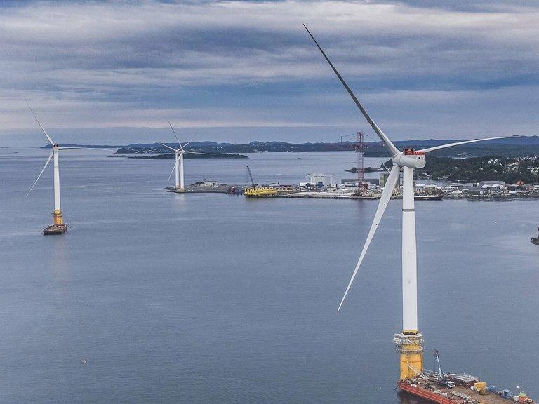 Крупный ветропарк запущен в Балтийском море