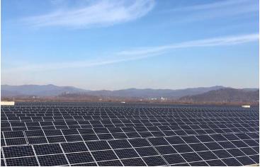 На Закарпатье на месте стихийной свалки построили СЭС мощностью 10 МВт