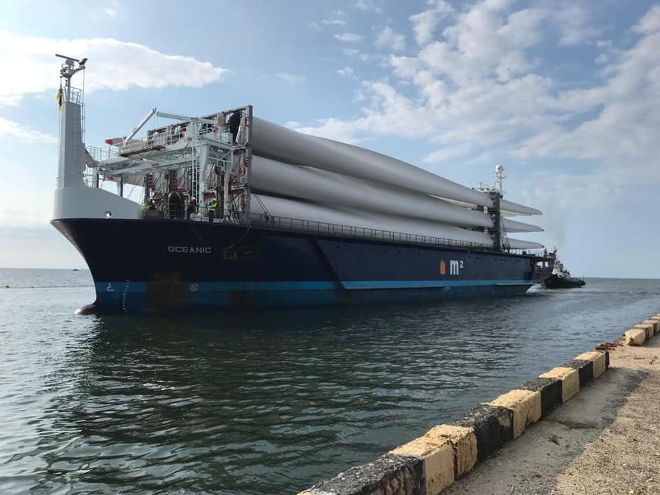 The first batch of equipment for the Myrnenska wind farm with a capacity of 163 MW arrived in Ukraine