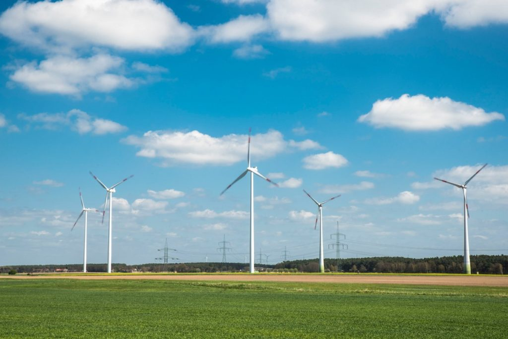 86% of Americans want more wind energy says AWEA survey