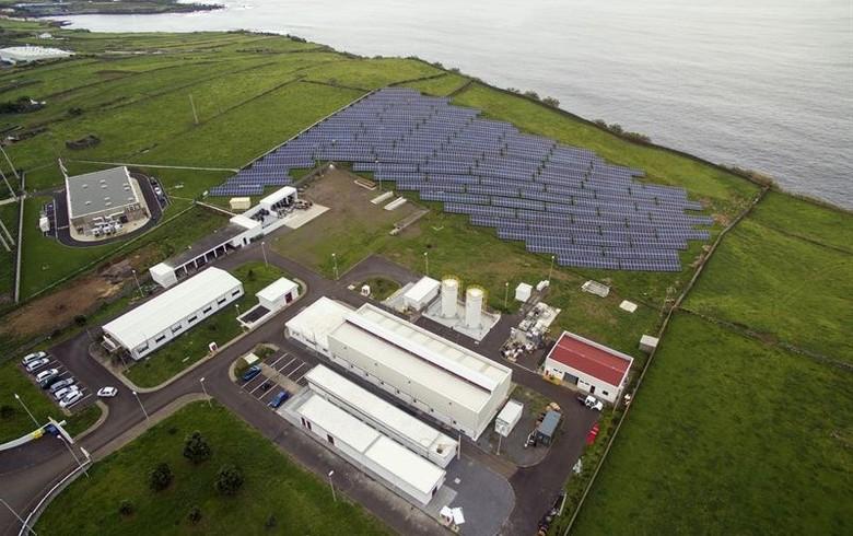 На Азорских островах открывают гибридный возобновляемый источник энергии