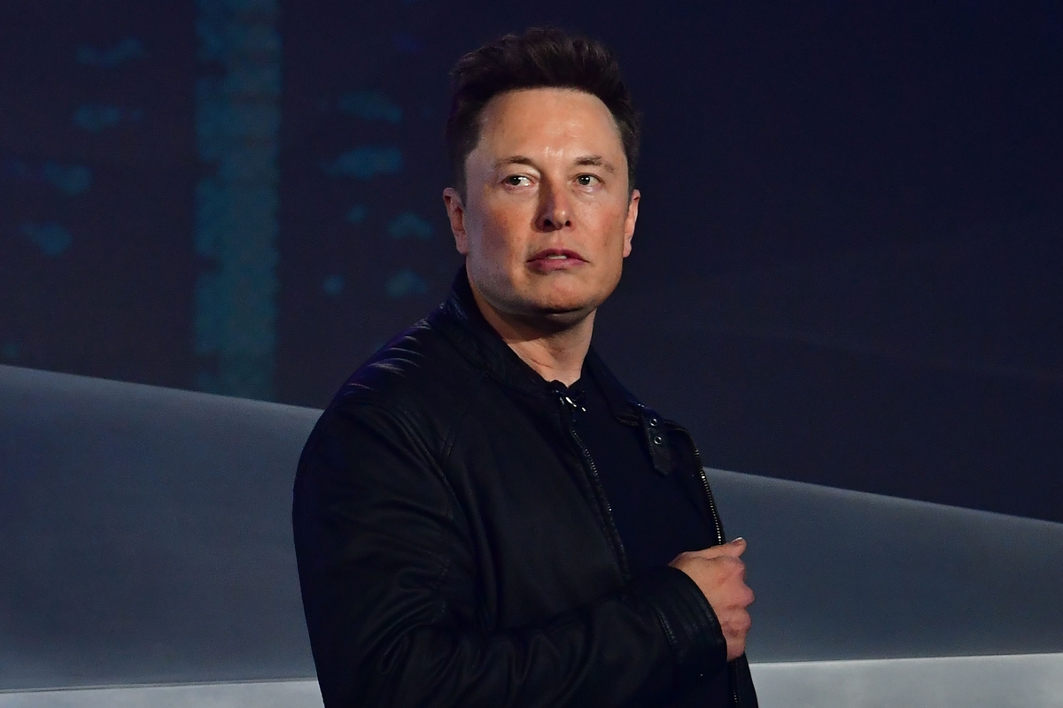 Elon Musk is donating $100 million for carbon capture technology