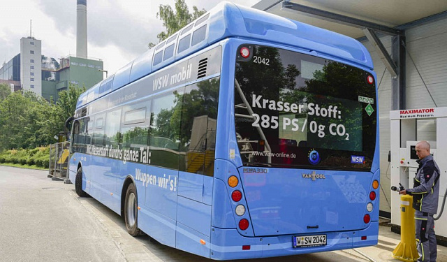Hydrogen buses that receive energy from garbage were launched in Germany