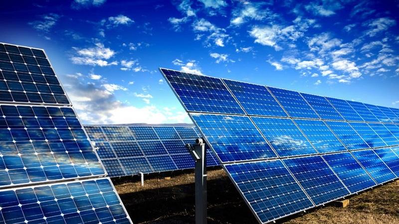 IRENA: За останнє десятиліття витрати на сонячну енергію впали на 82%