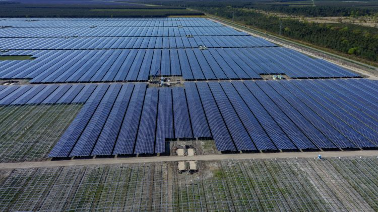 France's PV installed capacity crosses 10-GW mark