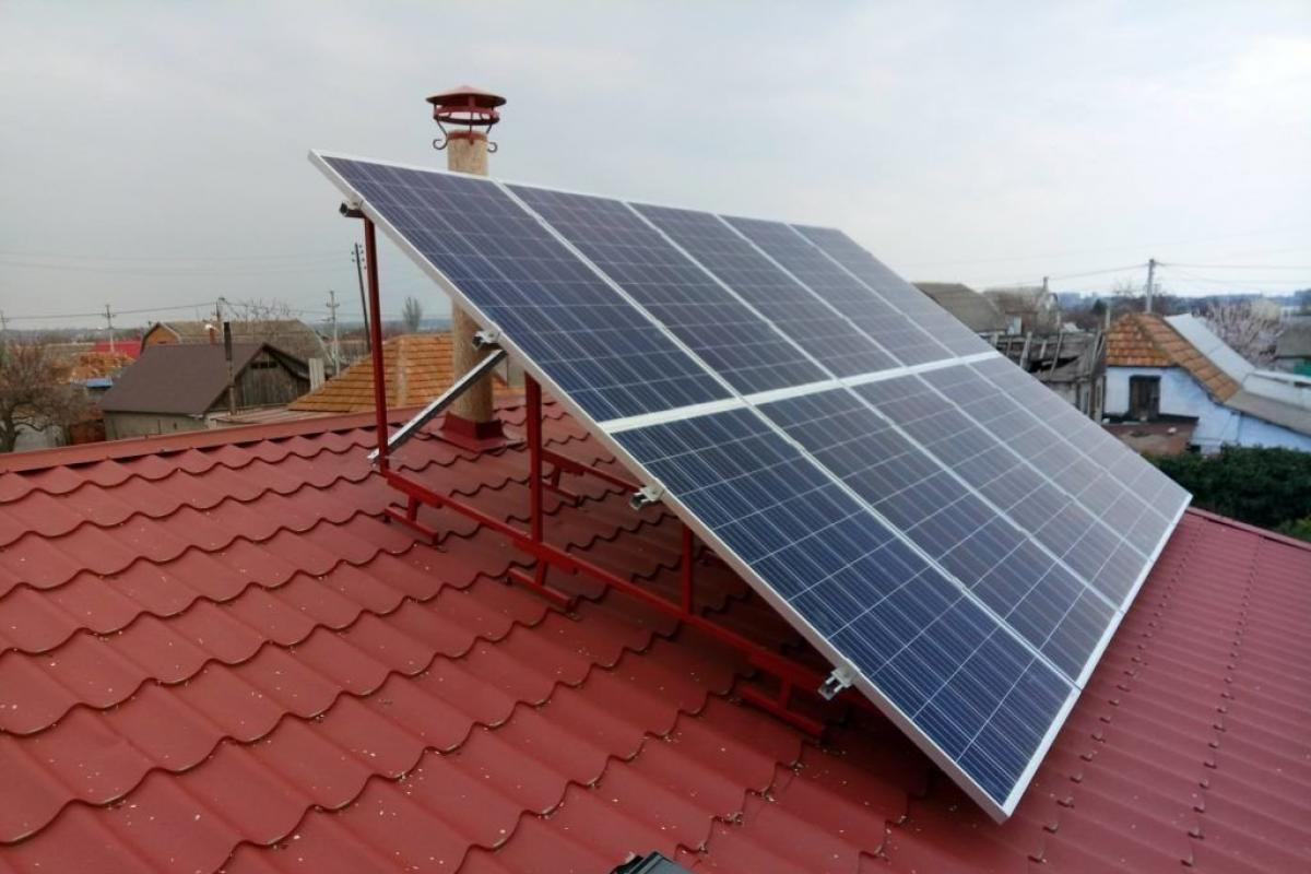 Owners of home solar power plants in Kyiv earned UAH 10 million per year