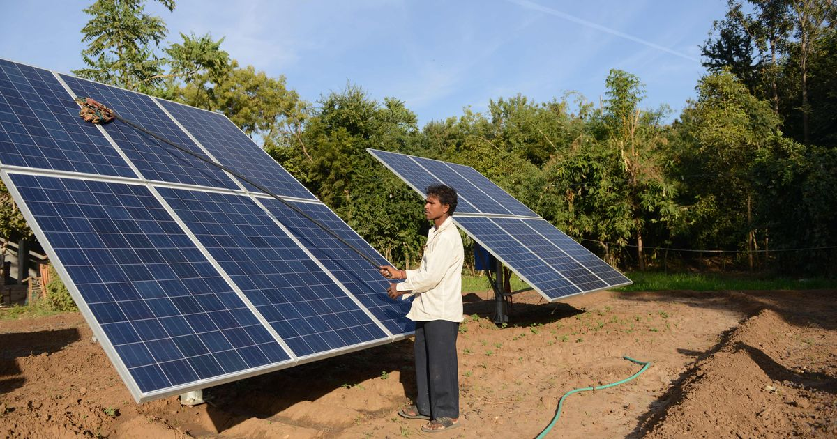 The French invest in the construction of a solar power plant in India
