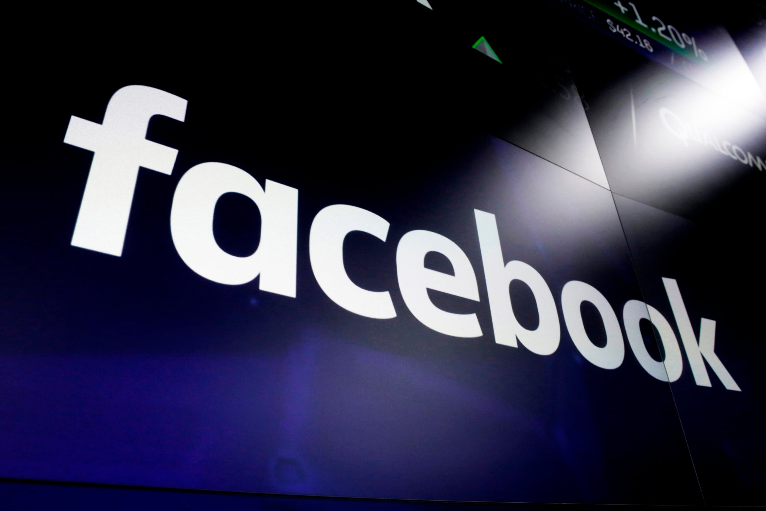 Facebook data center will be powered with solar energy