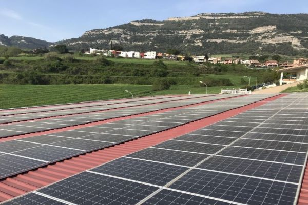 Three solar power plants with a total capacity of 393.7 MW to be built in Brazil