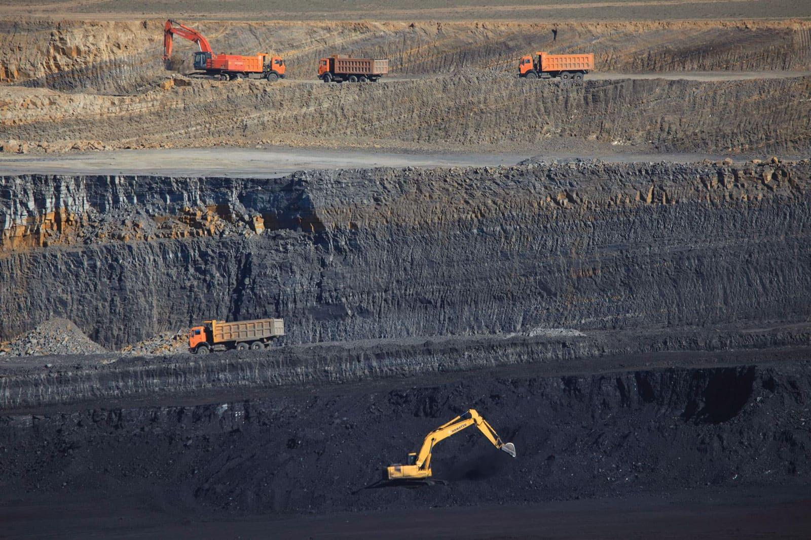Добыча угля в Монголии сократилась на 50% в первой половине 2020 года