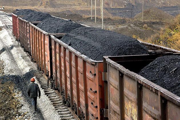 ГБР разоблачило группировку, которая похищала уголь из грузовых вагонов «Укрзализныци»