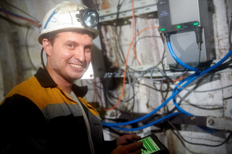 DTEK laid Wi-Fi connection in the mine at a depth of half a kilometer