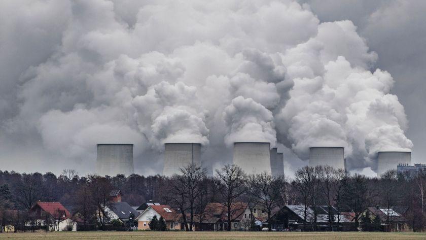 В 2019 году в мире остается все меньше угольных электростанций