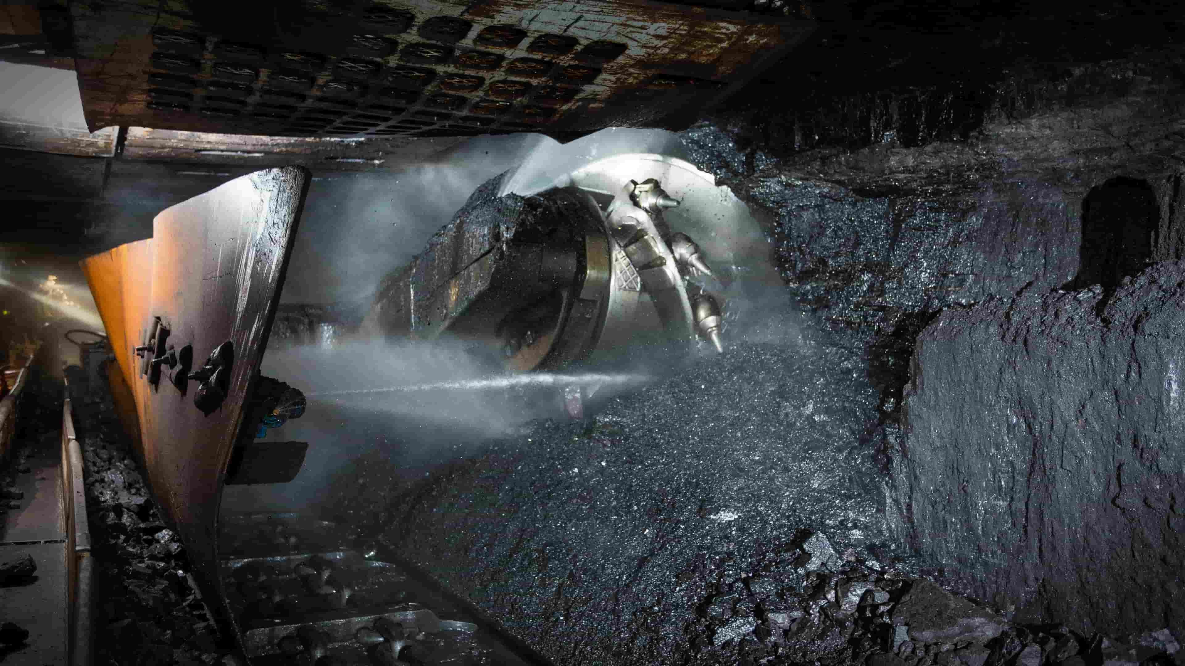 America's largest coal company on the verge of bankruptcy