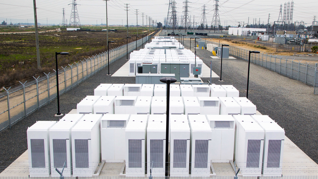 5 different types of energy storages with efficiency from 25% to 90%