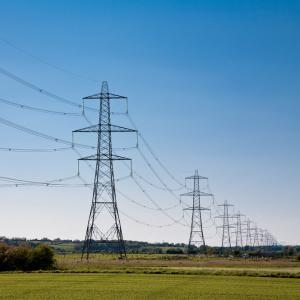 С октября тариф «Укрэнерго» на передачу электроэнергии может вдвое снизиться