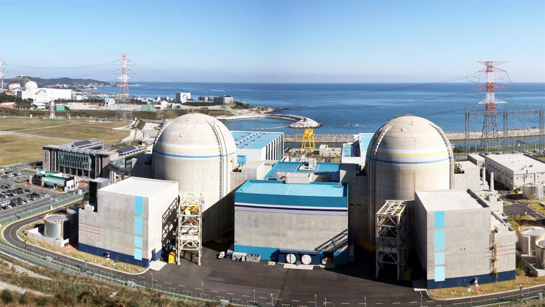 В Эмиратах скоро запустят первую в стране АЭС