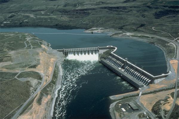 Узбекистан планирует построить две ГЭС в Таджикистане