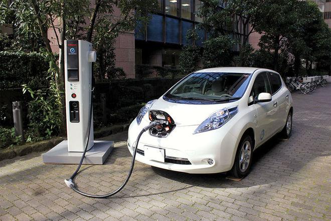 МЭА подсчитало, насколько подешевели аккумуляторы для электромобилей за 10 лет
