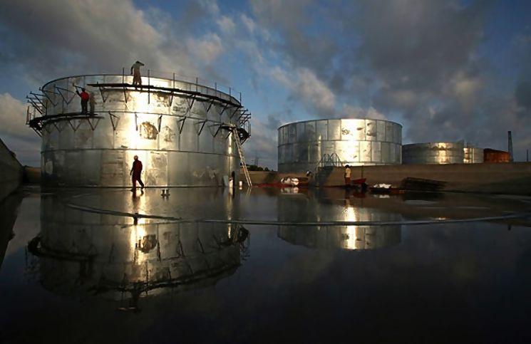 Россия вводит ограничения на экспорт нефти и нефтепродуктов в Украину