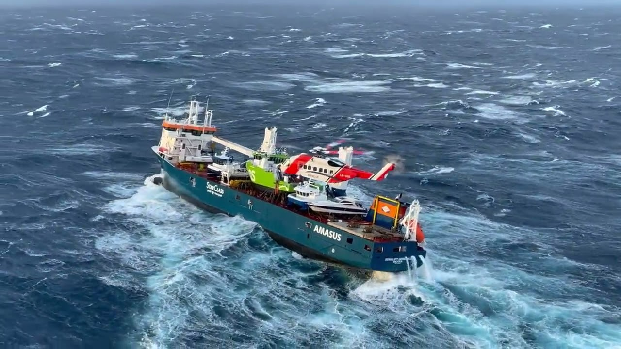 Dutch cargo ship adrift off Norway
