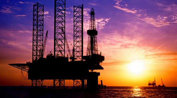 Бразилия впервые добьла более 1 млрд барр. нефти за год