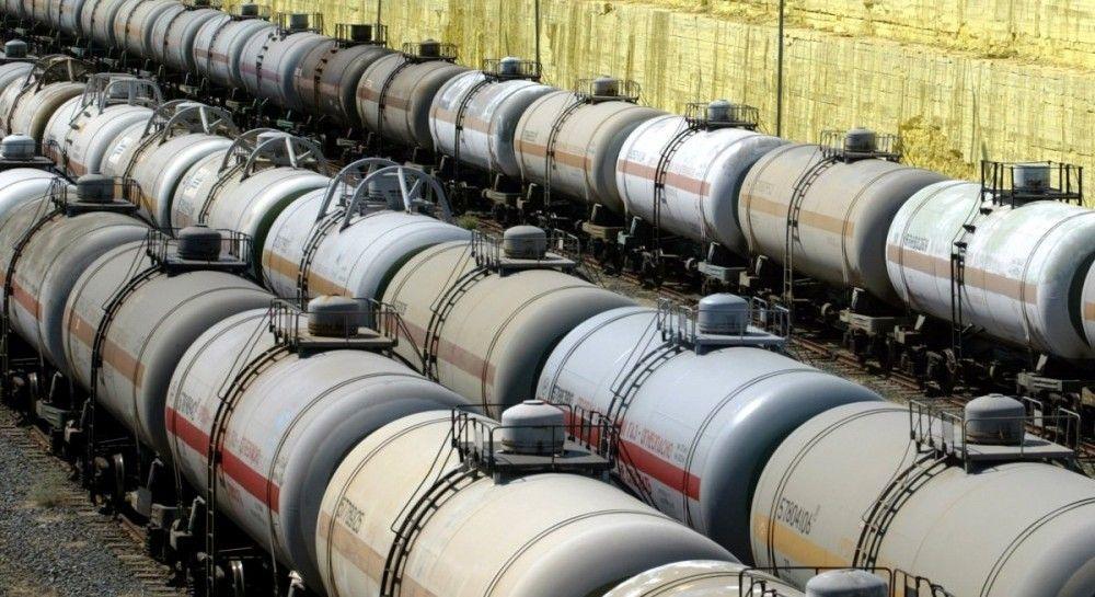 З початку року імпорт нафти в Україну впав на 30%