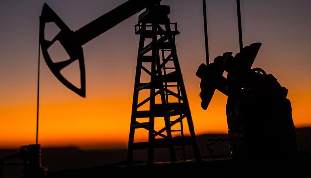 Ціна нафти Brent продовжує триматися вище $75 за барель