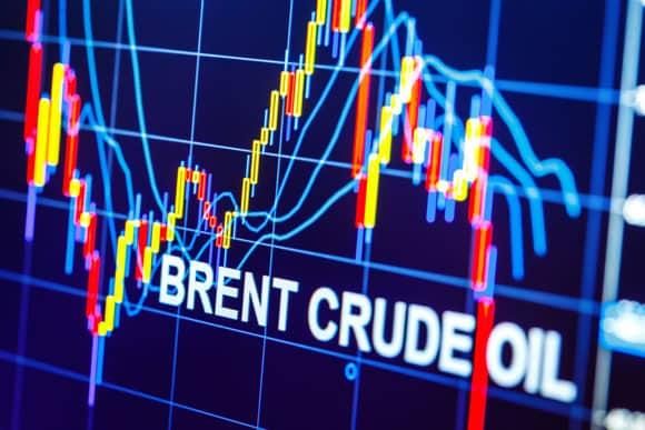 Нефть незначительно подорожала на торгах в среду